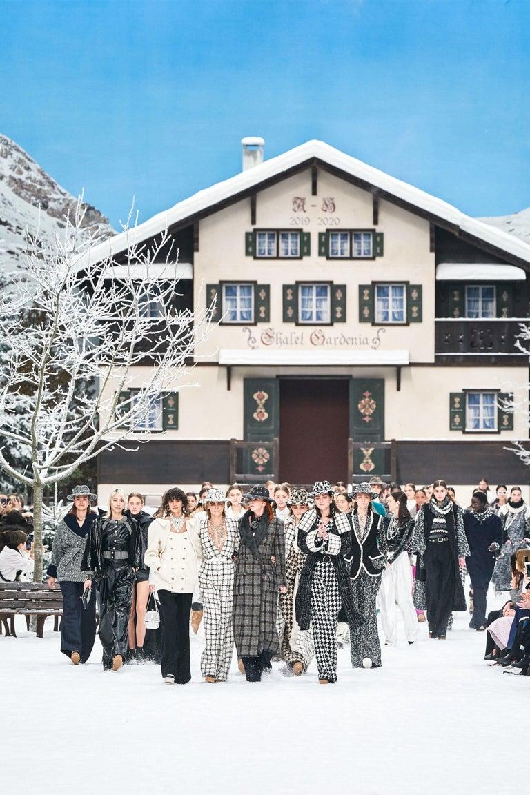 Chanel Signature Lesage Houndstooth Pied de Poule Fantasy Tweed Skirt Suit For Sale 5