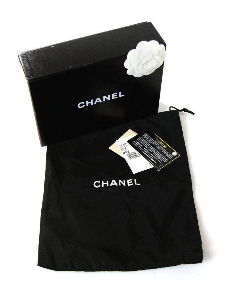 Chanel Silver Caviar Leather Wallet On A Chain WOC Crossbody Bag For Sale 7