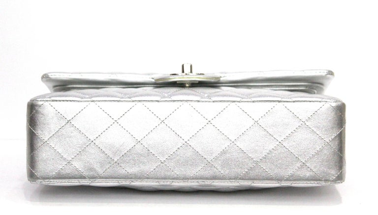 91264ea0df84 Women's Chanel Silver Metallic Quilted Lambskin Jumbo Classic Double Flap  Bag For Sale