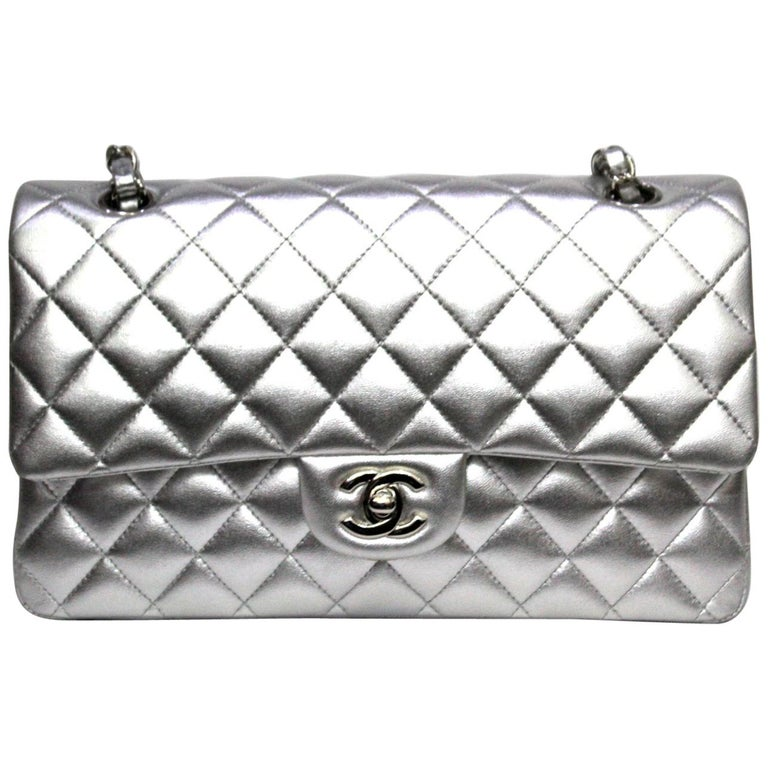 b5987e89200fa6 Chanel Silver Metallic Quilted Lambskin Jumbo Classic Double Flap Bag For  Sale