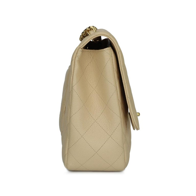 CHANEL Single Flap Jumbo Bag Beige Clair Caviar with Gold Hardware 2009 For Sale 1