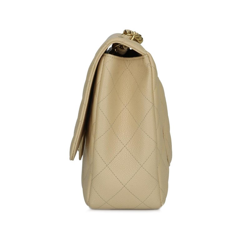 CHANEL Single Flap Jumbo Bag Beige Clair Caviar with Gold Hardware 2009 For Sale 2
