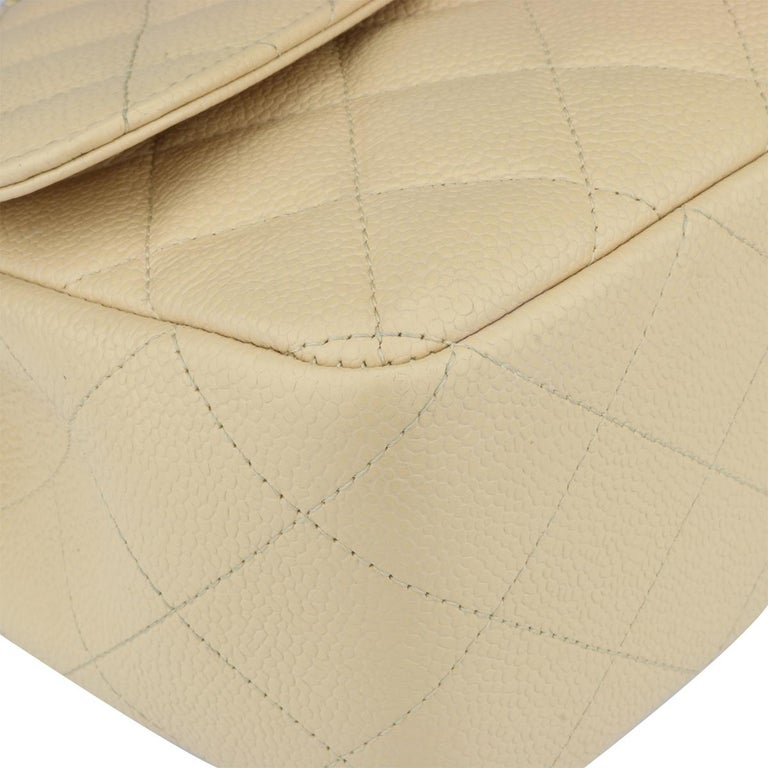 CHANEL Single Flap Jumbo Bag Beige Clair Caviar with Gold Hardware 2009 For Sale 4