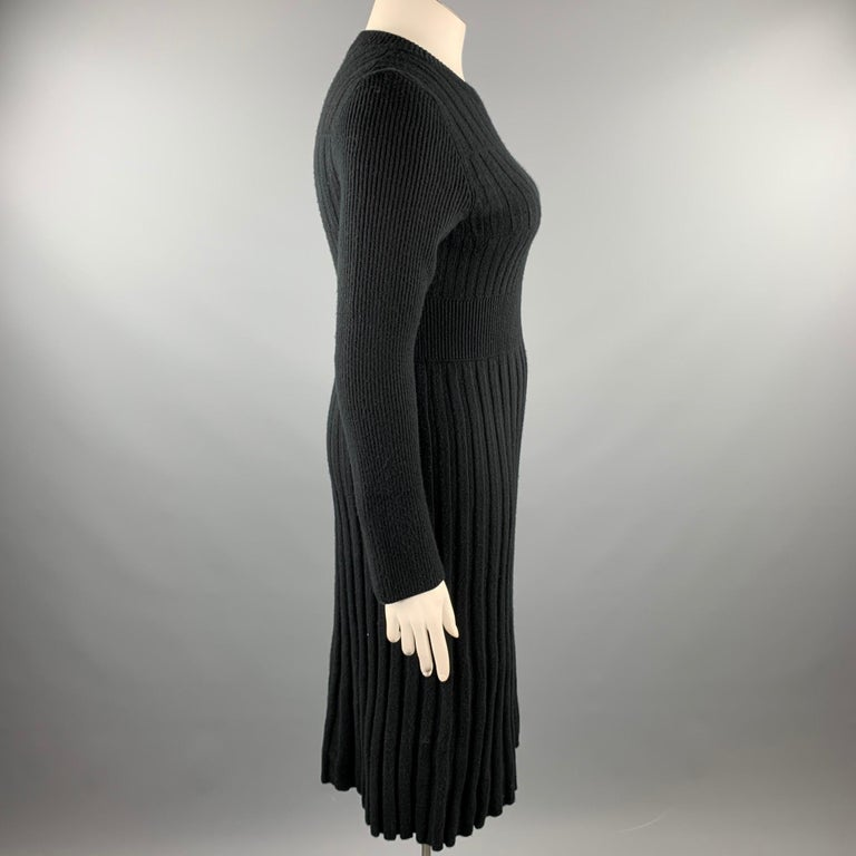 CHANEL Size 10 Black Knitted Pleated Wool Crew-Neck Sweater Dress In Good Condition For Sale In San Francisco, CA