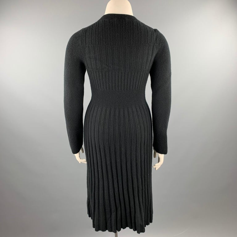 Women's CHANEL Size 10 Black Knitted Pleated Wool Crew-Neck Sweater Dress For Sale