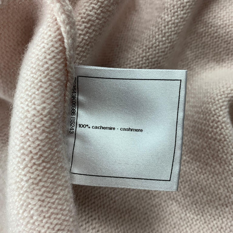 CHANEL Size 10 Pink Knitted Blue Trim Cashmere Cardigan For Sale 2