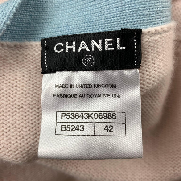 CHANEL Size 10 Pink Knitted Blue Trim Cashmere Cardigan For Sale 3