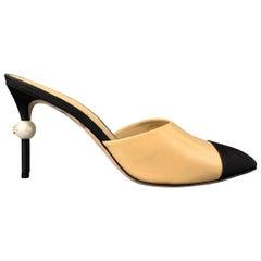 CHANEL Size 11 Beige & Black Two Toned Grosgrain Leather Pearl CC Heel Pumps