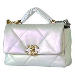 CHANEL Small 19 Flap Bag 21P Iridescent White Goatskin NEW Gold Silver