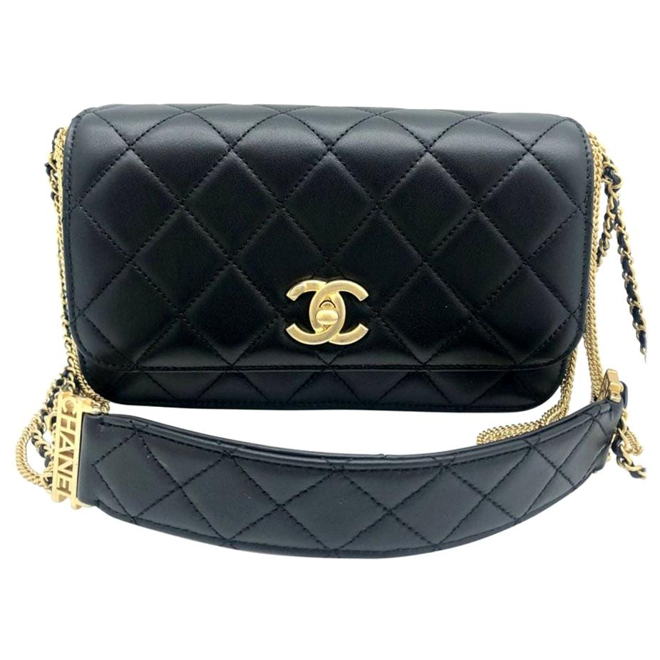 Chanel Small Flap with Chain/Leather Strap - CHANEL/CAMBON detail