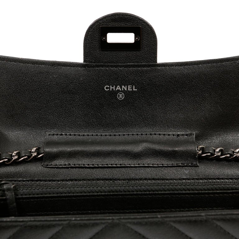 Chanel So Black Chevron Leather Wallet on a Chain For Sale 1