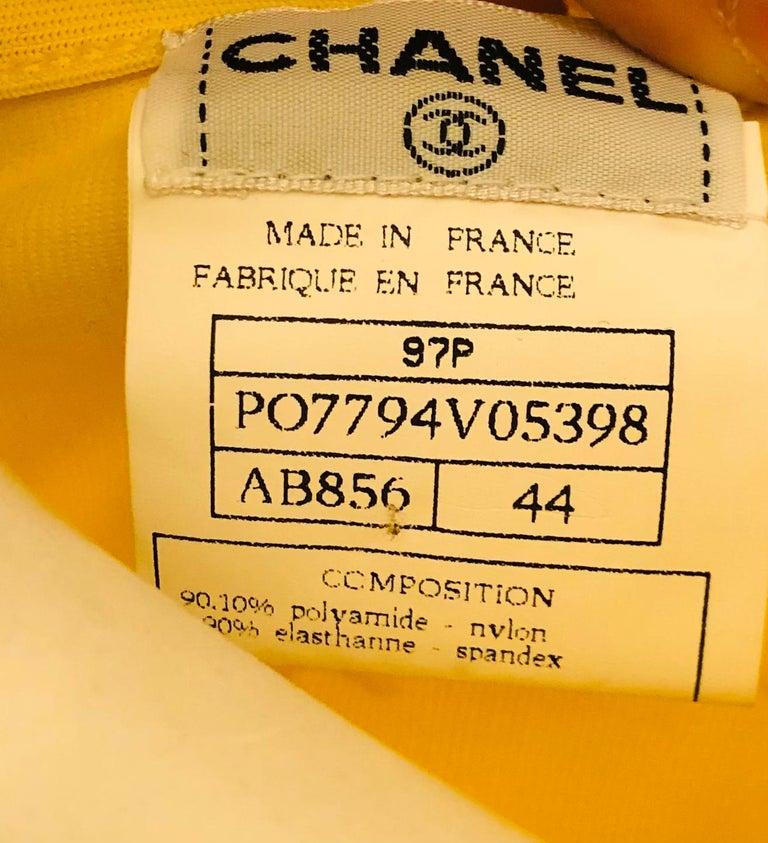 """Women's or Men's Chanel Spring 1997 Yellow """"CC"""" Cropped Top  For Sale"""