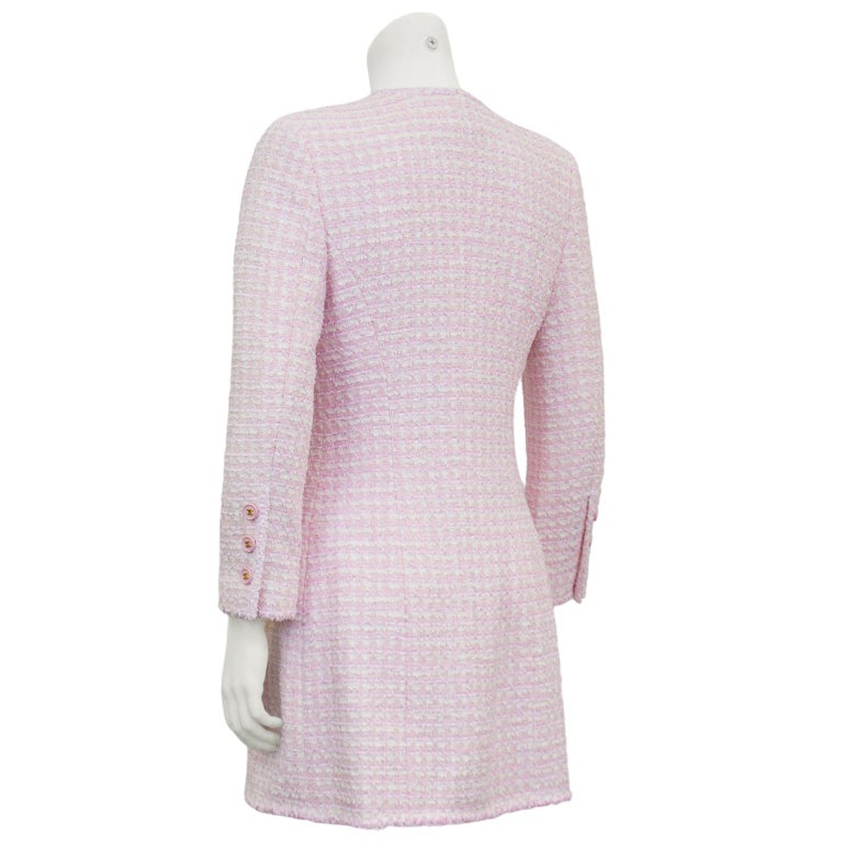 Chanel Spring 1998 Pink Bouclé 3/4 Length Jacket  In Good Condition For Sale In Toronto, Ontario