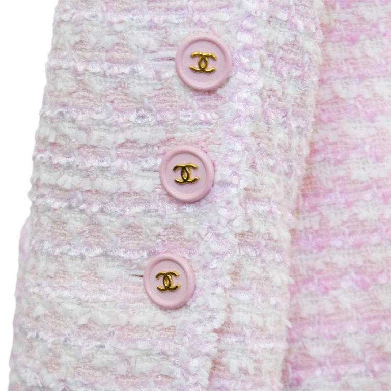 Chanel Spring 1998 Pink Bouclé 3/4 Length Jacket  For Sale 1