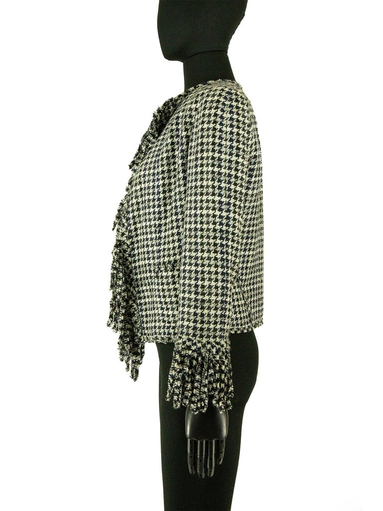 Chanel Spring 2007 Dogtooth Jacket In Good Condition For Sale In London, GB
