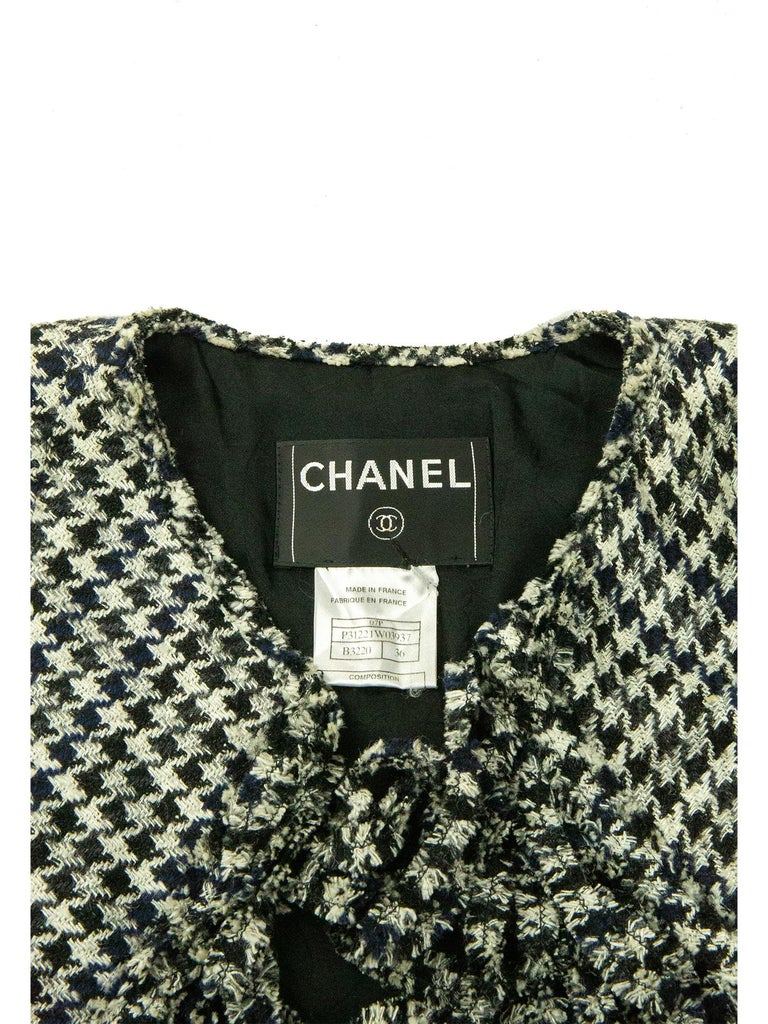 Chanel Spring 2007 Dogtooth Jacket For Sale 2
