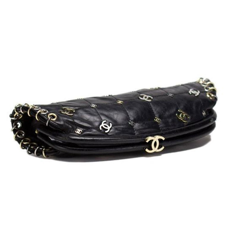 Chanel Spring 2007 Limited Edition Charm Rare Black Leather Clutch In Excellent Condition For Sale In Miami, FL