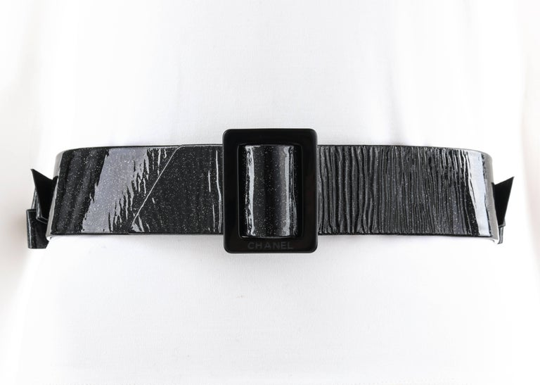 CHANEL S/S 2008 Black Patent Glitter Leather Layered Bow Waist Belt In Excellent Condition For Sale In Thiensville, WI