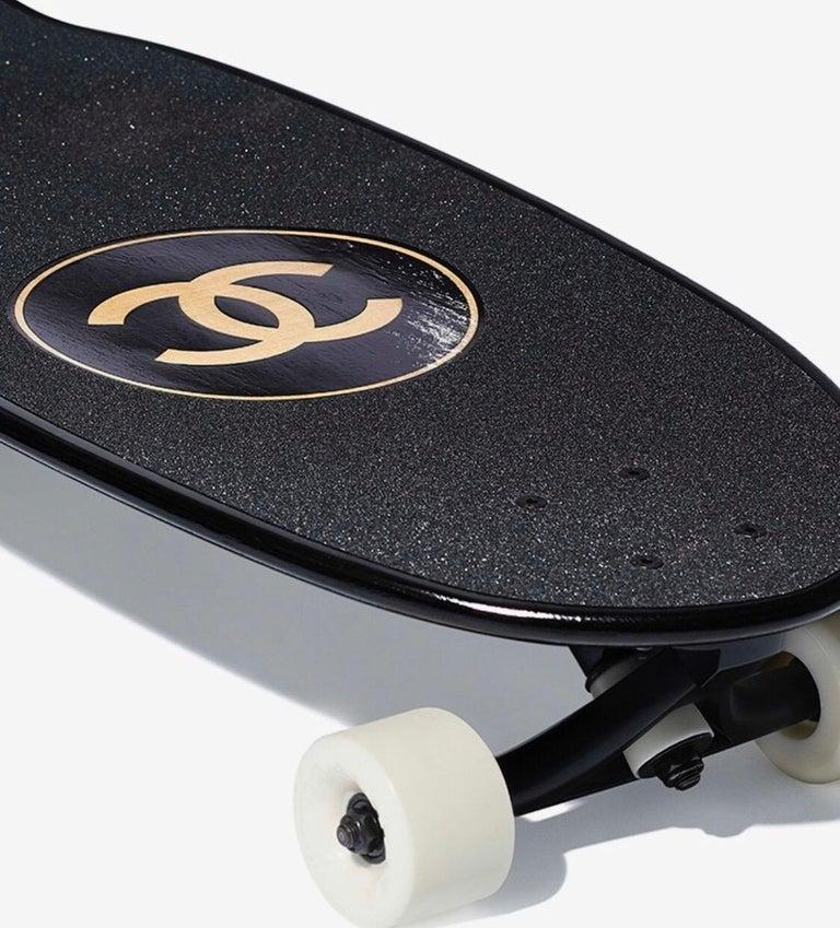Black Chanel SS19 Skateboard  For Sale