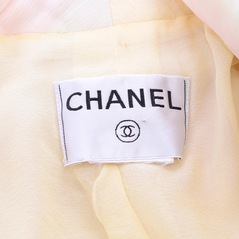 Chanel Suit With Skirt & Open Jacket in Ivory Pink & Yellow Pastel Ombre Silk For Sale 12