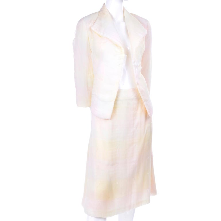 Chanel Suit With Skirt & Open Jacket in Ivory Pink & Yellow Pastel Ombre Silk In Excellent Condition For Sale In Portland, OR