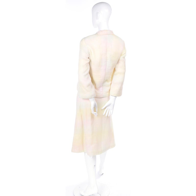 Chanel Suit With Skirt & Open Jacket in Ivory Pink & Yellow Pastel Ombre Silk For Sale 2