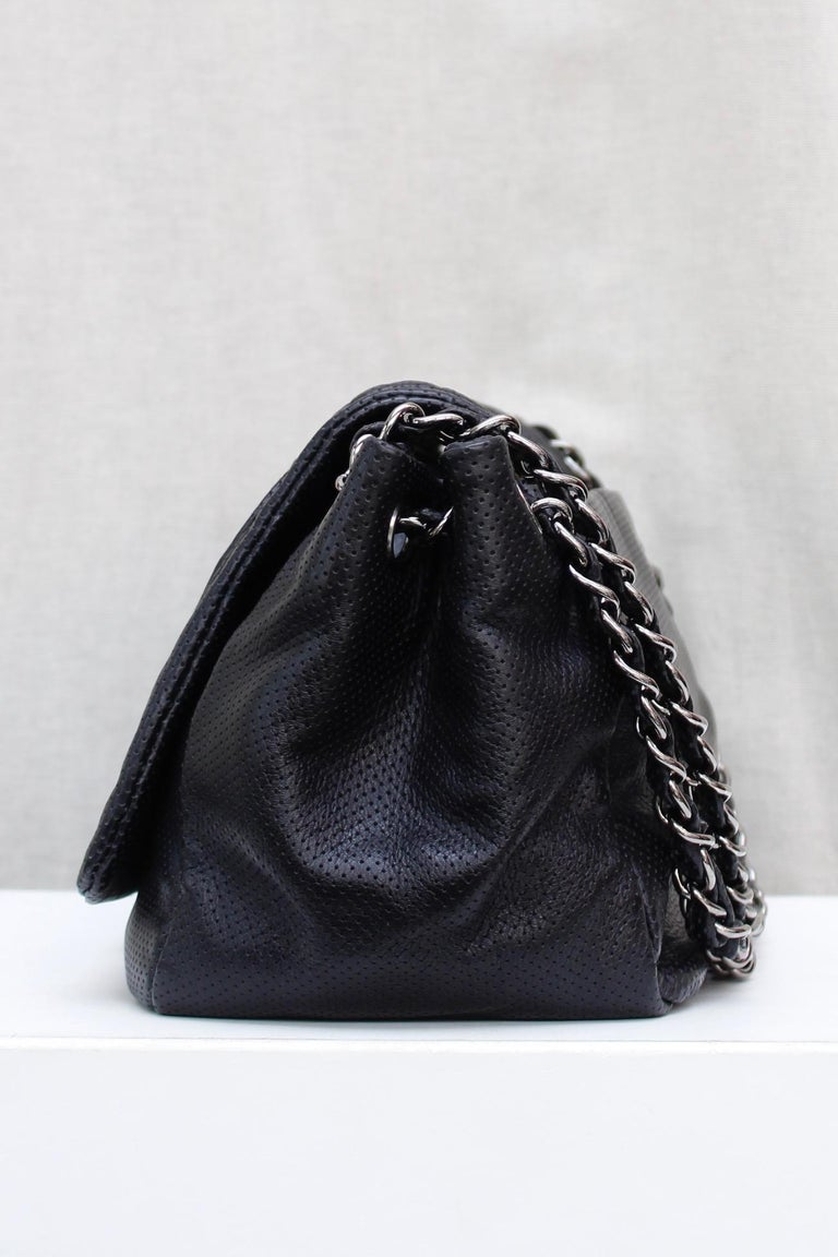 Women's Chanel superb black leather bag, 2008/2009 Fall/Winter Collection For Sale
