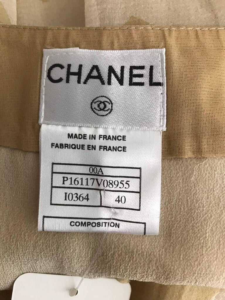 Chanel tan and cream zig zag silk chiffon blouse and skirt 2000A For Sale 13