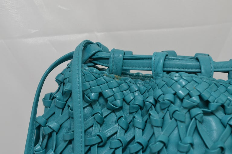 Chanel Teal Leather Knot Bucket Bag For Sale 2