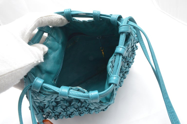 Chanel Teal Leather Knot Bucket Bag For Sale 4