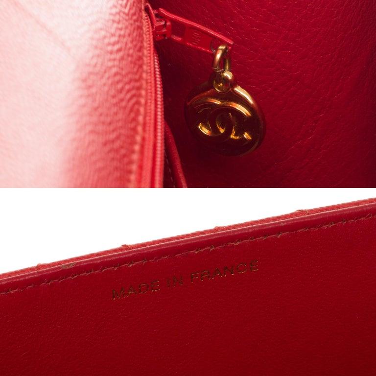 Chanel Timeless 25cm crossbody handbag in red padded caviar leather, GHW 3