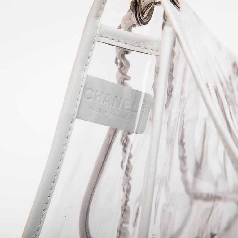 a91380c1188695 Chanel Timeless Bag in Transparent Plastic and Piping in White Lamb Leather  For Sale 7