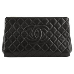 Chanel Timeless CC Clutch Quilted Caviar Large
