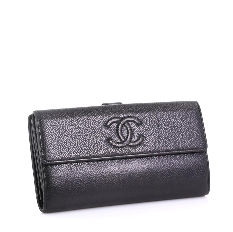 8c8c246edaa8 Chanel Timeless CC Continental Wallet Caviar Long For Sale at 1stdibs