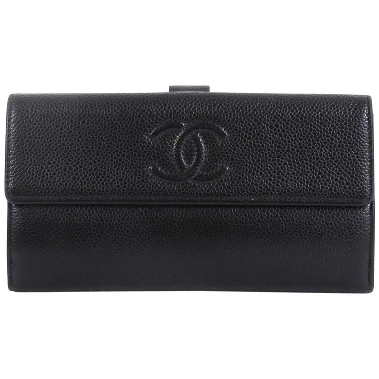 31dc032f0d21 Chanel Timeless CC Continental Wallet Caviar Long For Sale at 1stdibs