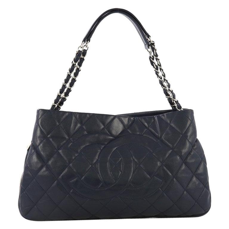 f4994404e01d Vintage Chanel Purses and Handbags at 1stdibs