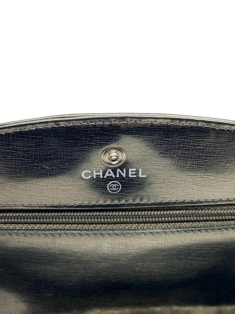Chanel Timeless Metallic Leather Wallet on Chain Shoulder Clutch Bag, 2008. For Sale 8
