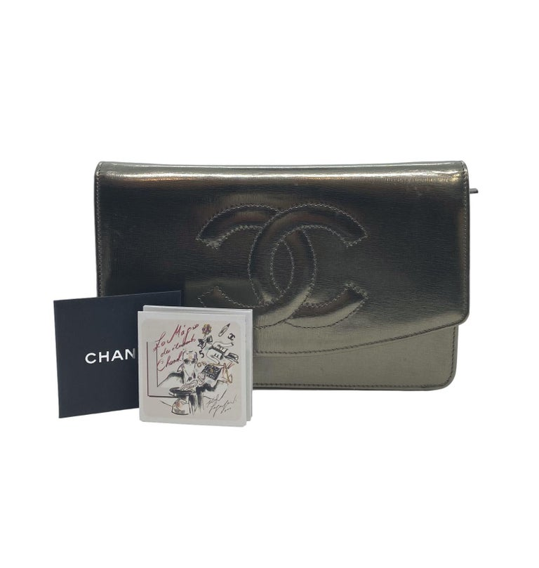 Chanel Timeless Metallic Leather Wallet on Chain Shoulder Clutch Bag with Palladium Hardware. Exceptionally made, this highly sought after and popular piece was produced between 2008 - 2009 under the direction of Karl Lagerfield baring a serial code