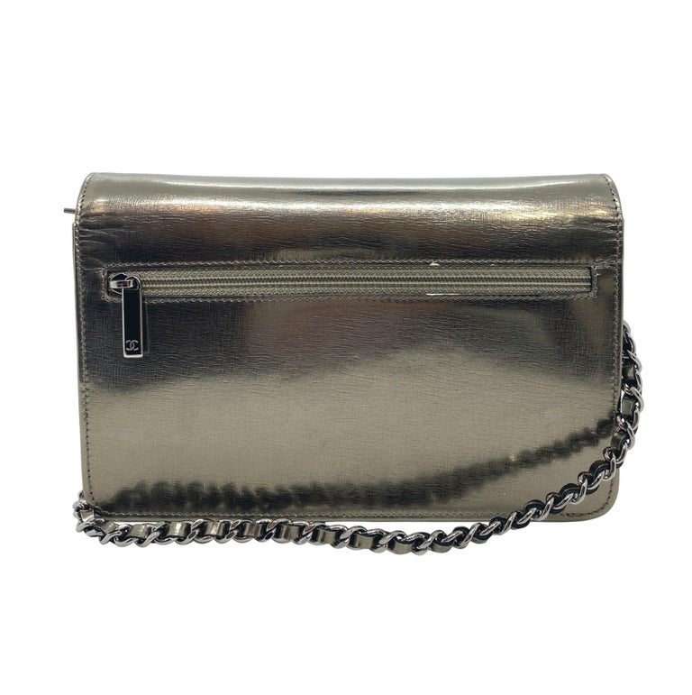Chanel Timeless Metallic Leather Wallet on Chain Shoulder Clutch Bag, 2008. In Good Condition For Sale In Banner Elk, NC