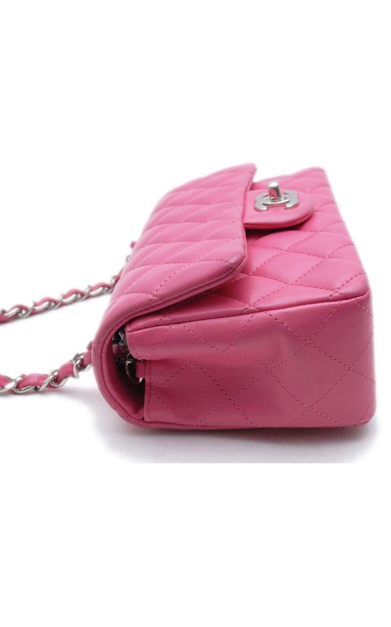 Women's Chanel Timeless Mini handbag in Pink quilted leather and silver hardware For Sale