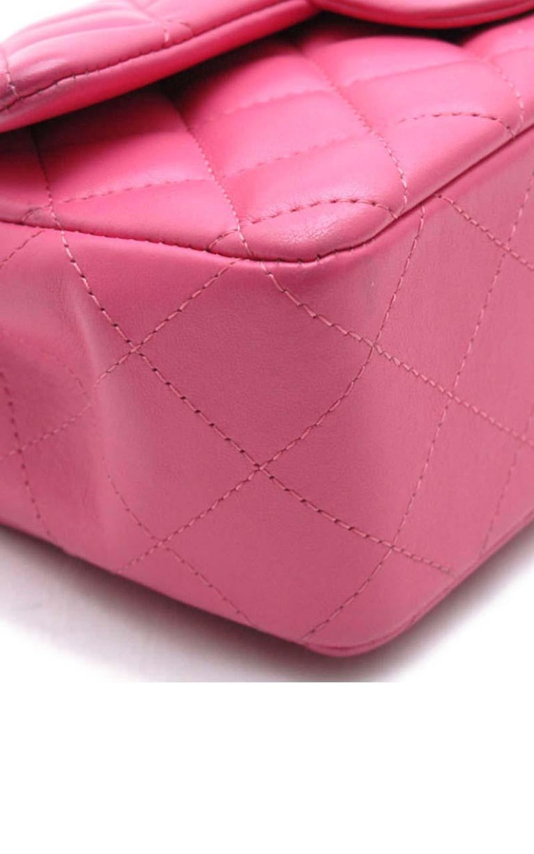 Chanel Timeless Mini handbag in Pink quilted leather and silver hardware For Sale 2