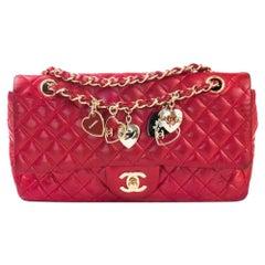 CHANEL Timeless Shoulder bag in Red Leather