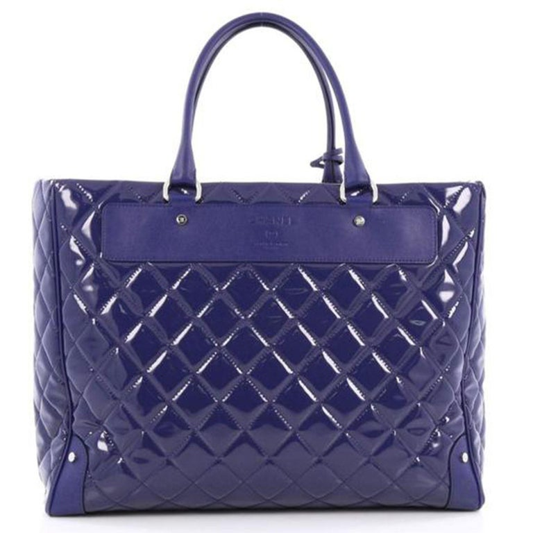 Chanel Timeless XL Quilted Carry-on Tote Royal Blue Patent Leather Bag In Good Condition For Sale In Miami, FL