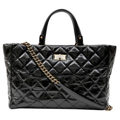 Chanel Tote Bag in Black Aged Leather