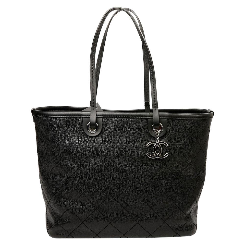 Chanel Tote Bag in Black Caviar Leather