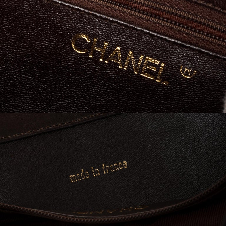 Chanel Tote bag in brown lambskin, gold hardware ! For Sale 2