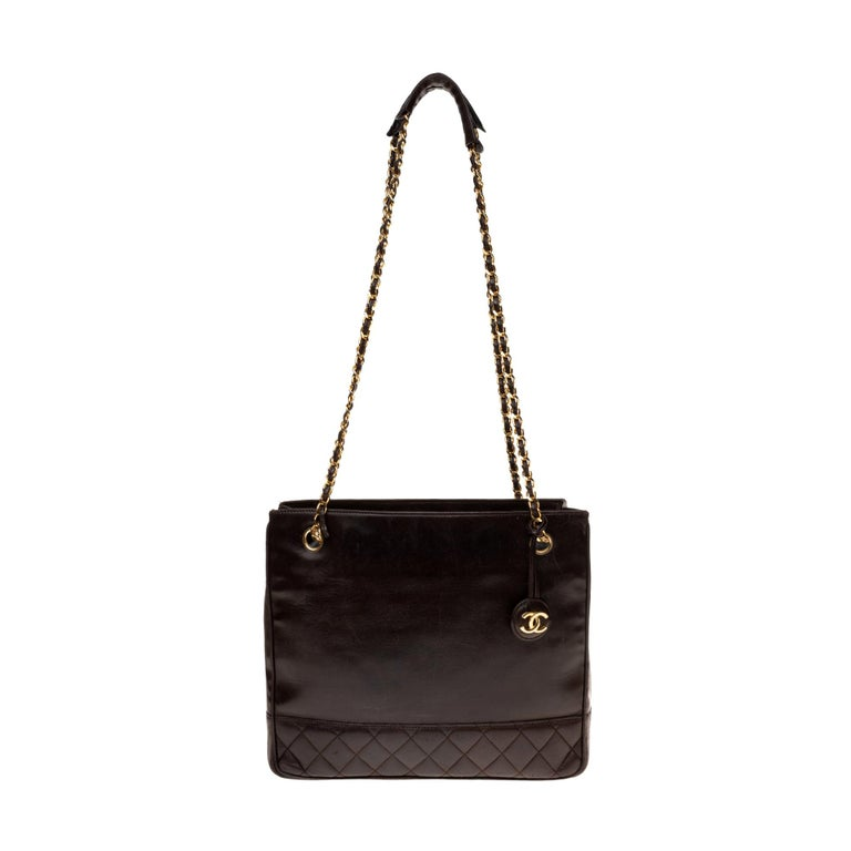 Chanel Tote bag in brown lambskin, gold hardware ! For Sale