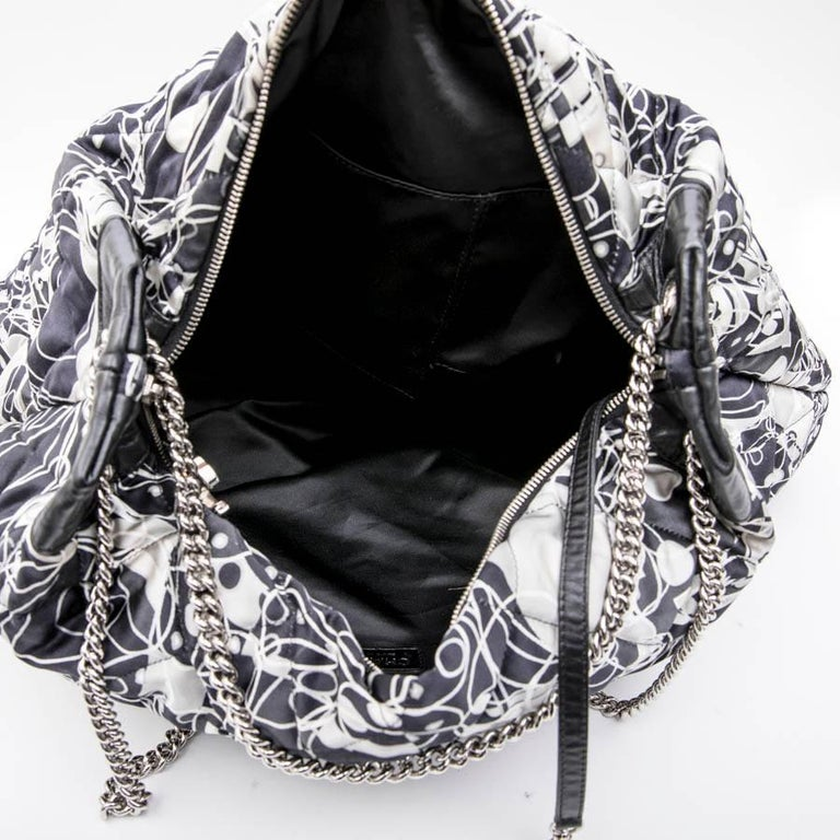 CHANEL Tote Bag in Silk Scarf and Black Smooth Lamb Leather For Sale 6