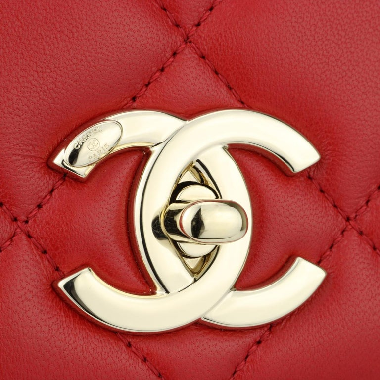 Women's or Men's CHANEL Trendy CC Bag Small Red Lambskin with Light Gold Hardware 2020 For Sale