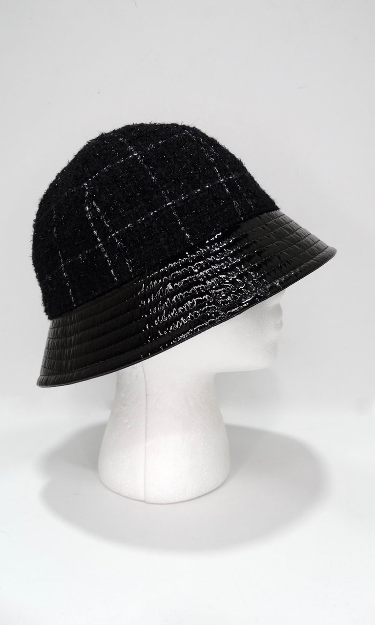 Chanel Tweed Bucket Hat In Excellent Condition For Sale In Scottsdale, AZ